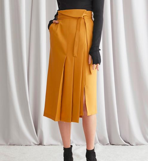 STUDIOUSのスカート